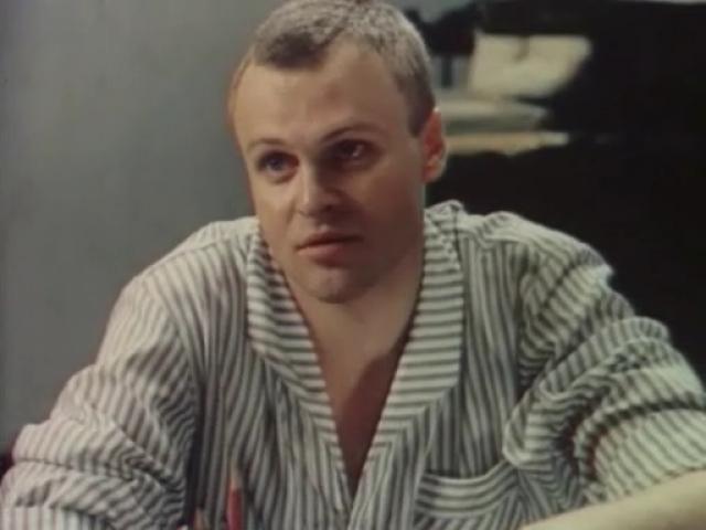 Александр Соловьев (1952-2000). Актер трагически погиб на 48-м году жизни. В ночь на католическое Рождество он попал в Институт имени Склифософского с черепно-мозговой травмой.