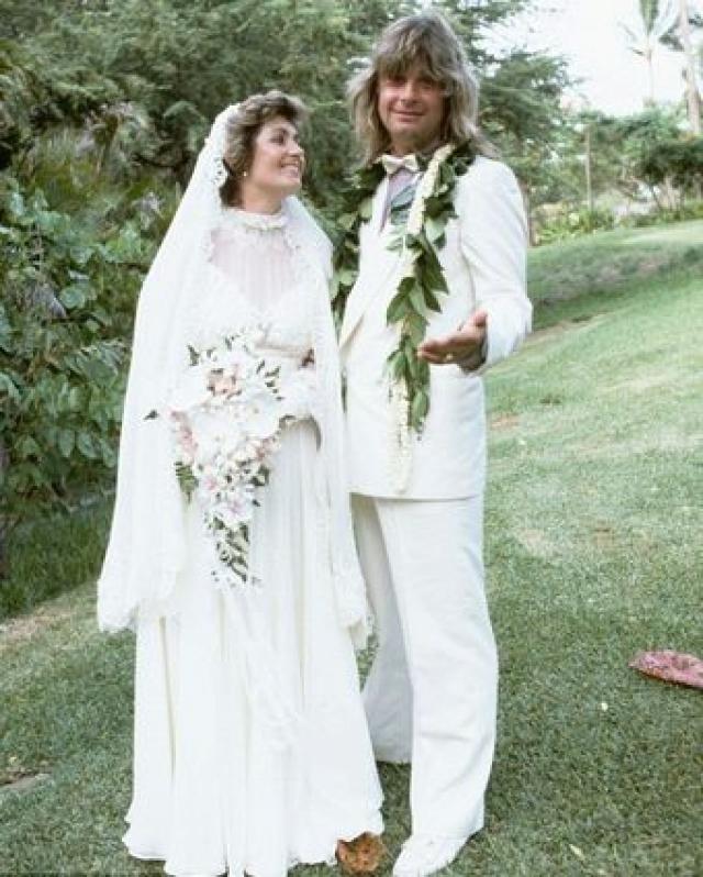 Они поженились в День независимости, США 4 июля 1982 года.