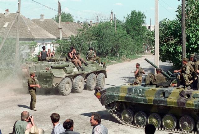 17 июня 1995 года, около 5 часов утра, спецподразделения ФСБ и МВД РФ предприняли неудачную попытку штурма здания городской больницы.