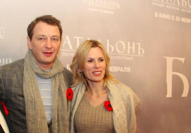С Лизой отношения у них остались дружескими. Круцко и сейчас работает агентом и директором Башарова.