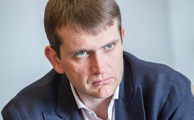 """Одним из последних важных заявлений со стороны Дурова стал договор о продаже оставшихся у него 12% акций """"Вконтакте"""". Сделала с Ираном Тавренным лишала Павла прав собственника сети."""