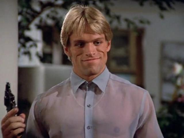 """Брайан Томпсон. Обладая брутальной внешностью с """"тяжелым"""" лицом, Брайан с 1984 года играл в основном немногословных отрицательных персонажей, этому также способствовала внушительная комплекция актера."""