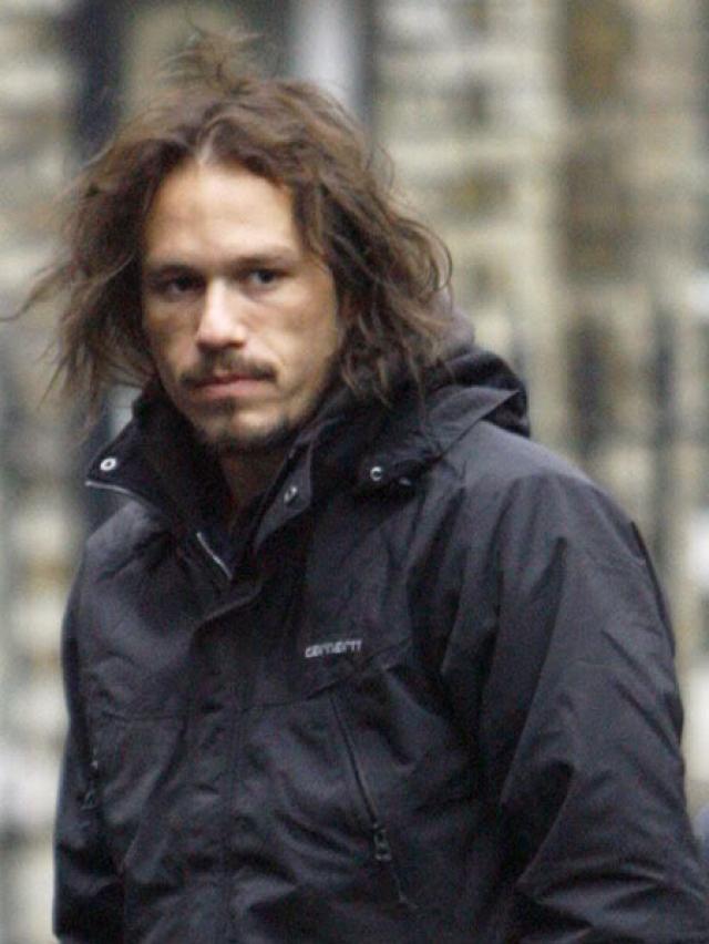 Актер был найден мертвым в своей нью-йоркской квартире 22 января 2008 года. На тот момент ему было всего 28 лет.