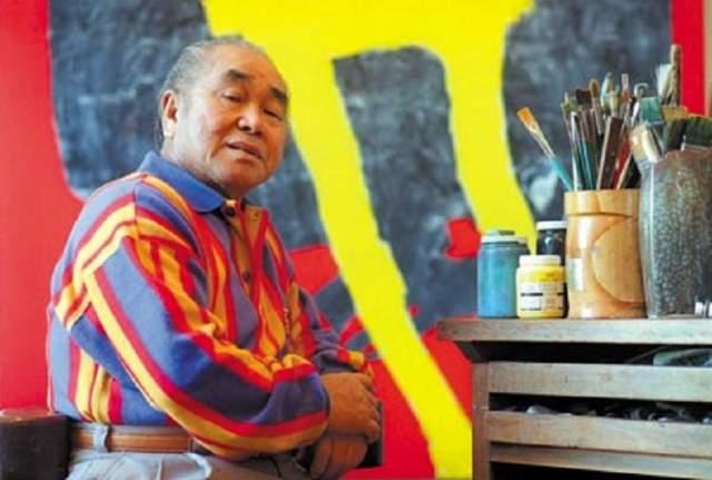 Они перевозили 153 картины известного японско-бразильского художника Манабу Мабе. Стоимость картин составляла $1240000. Промышленный груз, по некоторым данным, приблизил взлетную массу борта к максимальной — 151 тонна.