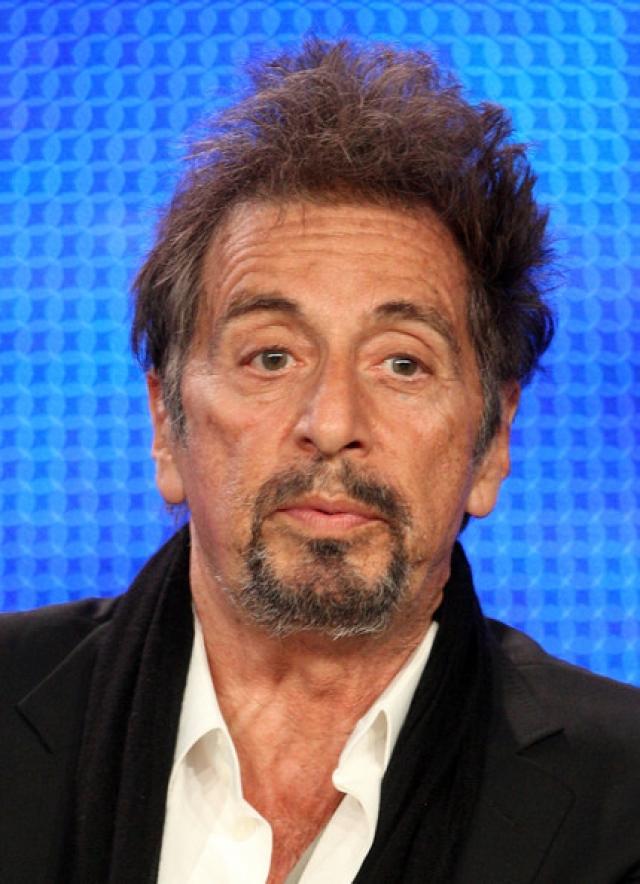"""В 2010 году актер снялся в телефильме """"Вы не знаете Джека"""", основанном на реальных событиях, сыграв роль доктора Джека Кеворкяна, известного патологоанатома, практикующего эвтаназию."""