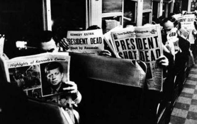 После объявления смерти прекратил работу Сенат США, позже закрылась Нью-Йоркская биржа. В 15:41 гроб с телом президента был погружен в самолет, направляющийся в Вашингтон, и доставлен туда еще через 2 часа.