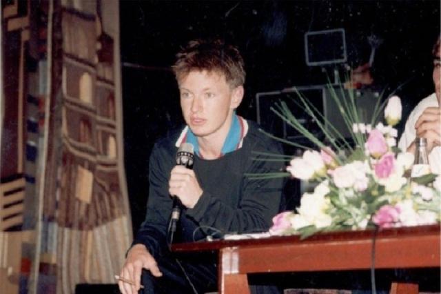 """""""Года через два после того, как на нас свалился успех, Игорешка осознал, что устал быть """"Иванушкой"""", устал от этого бешеного внимания, устал петь одно и то же и захотел выступать сольно"""", - рассказывал коллега певца по группе, Кирилл Андреев."""