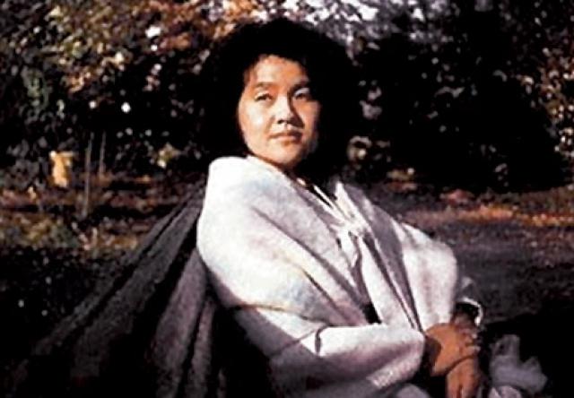 С Сон Хе Рим Ким Чен Ир связал судьбу в 1970 году, однако Ким некоторое время скрывал этот факт от своего отца, который возражал против связи сына с Сон: она была замужем и на 6 лет старше. В 1971 году у пары родился сын. Но и на этом великий вождь не остановился.