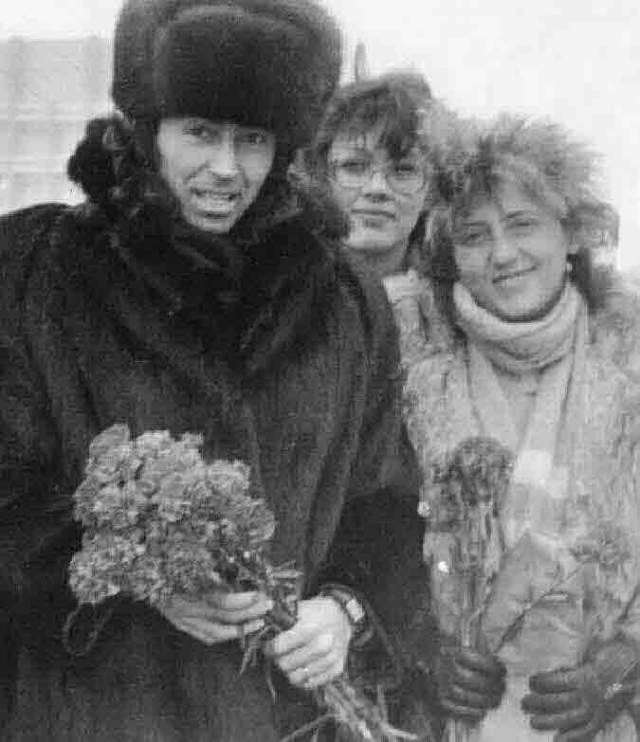 """Исакович позвала Леонтьева в """"Эхо"""", так они и познакомились. В 1975 году Валерий стал солистом группы и возлюбленным своей начальницы. 25 лет они жили в фактическом браке."""