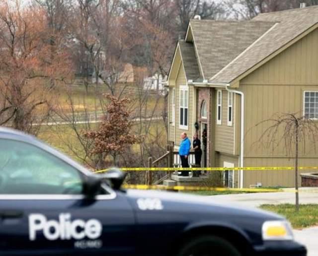 Субботним утром 1 декабря 2012 года Белчер поссорился со своей подругой. Разозлившись на девушку, он выхватил пистолет и выпустил в нее всю обойму. В тот момент в комнате находилась их трехмесячная дочка, а в соседней комнате - мать девушки. К счастью, их спортсмен не тронул. На фото: дом, где произошло убийство.