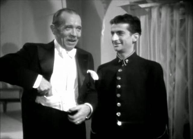 """В 1945 году снимается в фильме """"Барбизонское искушение"""" режиссера Жана Стели. Вся сцена заняла около 40 секунд."""