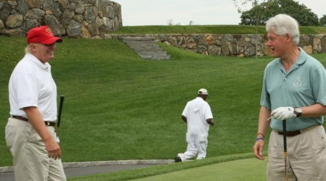 Миллиардер Дональд Трамп помимо расчесывания и укладки своих волос увлекается гольфом и владеет целым полем для игры, куда приглашает именитых гостей.