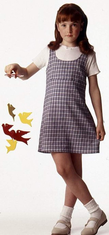 """Линдси Лохан Актриса прославилась в 11 лет, когда сыграла две главные роли в комедии """"Ловушка для родителей""""."""