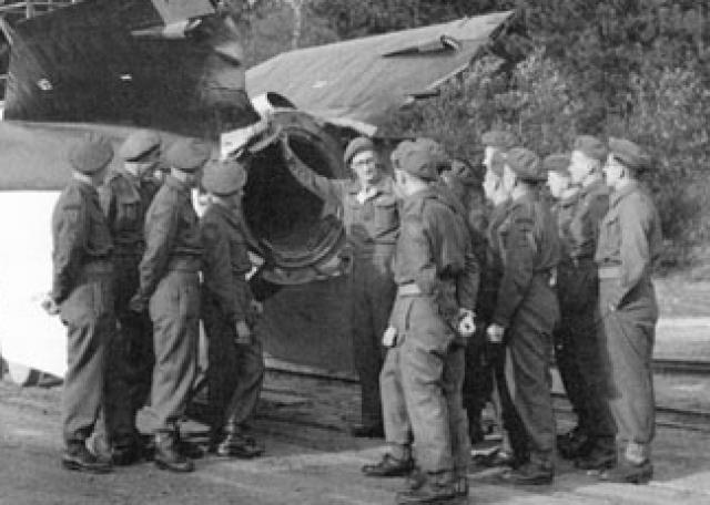 """Начиная с 19 июля 1945 года американские власти управляли захваченными ракетчиками в рамках программы под названием операция """"Оверкаст"""" (операция """"Беспросветность"""")."""