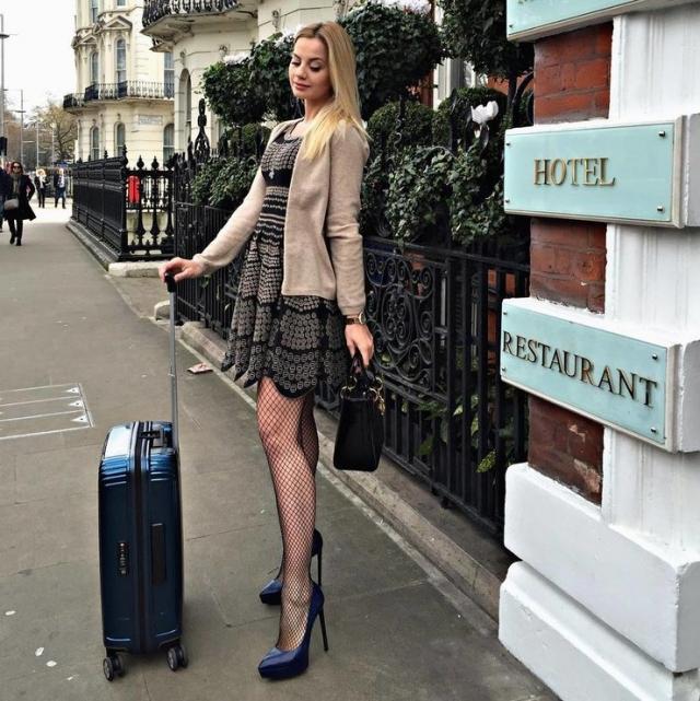 По признанию самой Юлии, стоимость ее гардероба составляет примерно полтора миллиона долларов.