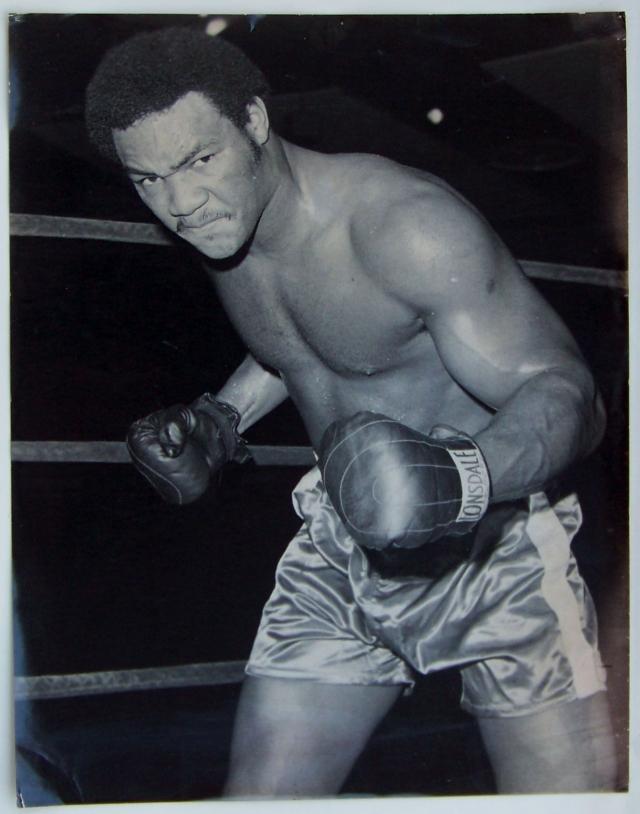 Джордж Форман. Американский боксер-профессионал, выступавший в тяжелой весовой категории, олимпийский чемпион 1968 года.
