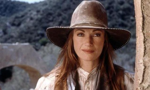 """""""Доктор Куин, женщина врач"""". Джейн Сеймур. До сериала актриса уже была довольно известна и даже сыграла девушку Бонда."""