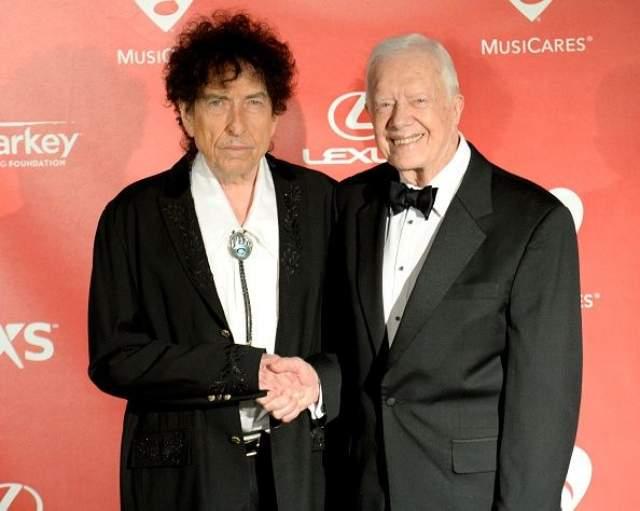 Боб Дилан и Джимми Картер. Еще одно подтверждение того, что Дилан действительно редко улыбается.