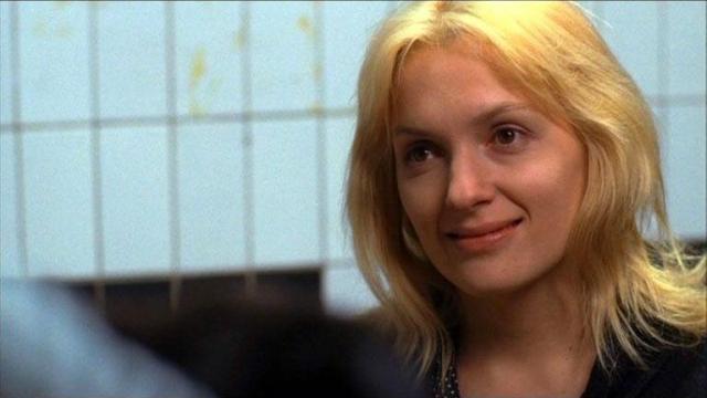 """Вскоре последовала первая заметная роль - в сериале """"Бригада"""", а через год артистку узнала вся страна после ее появления в картинах """"Всегда говори """"всегда"""" и в двух """"Дозорах""""."""