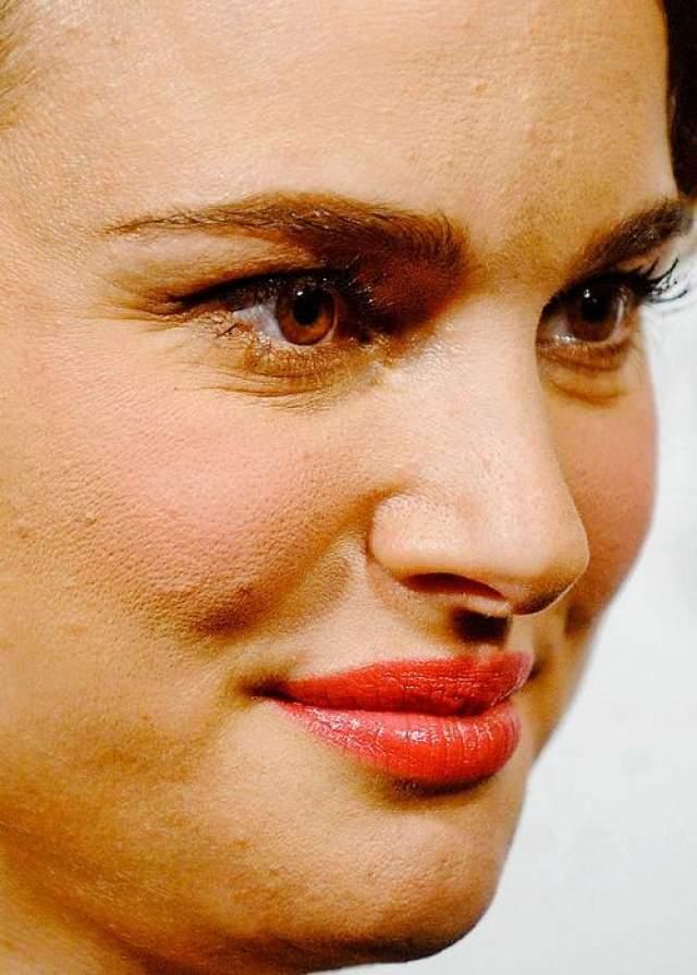 Актриса Натали Портман .