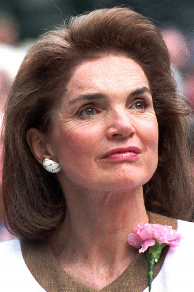 Но к апрелю рак дал метастазы. До самой смерти она вообще не подавала виду, что что-то не так. Скончалась 19 мая 1994 года.