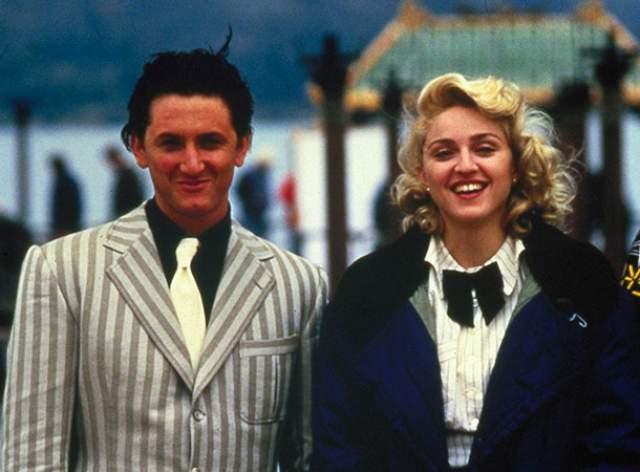 В такую же неописуемую ярость приводившего и работа жены. Нет, творчество Мадонны ему очень даже нравилось. Не хотел Шон мириться с тем, что юристы его любимой глаз с него не сводили - они переживали, не посягает ли Пенн на деньги Мадонны.