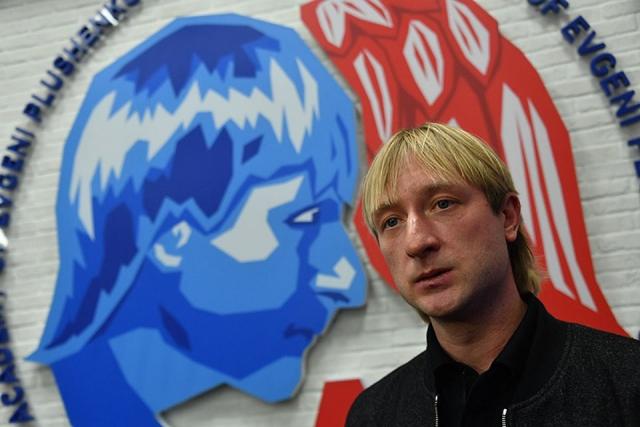 Еще больше масла в огонь подлили гастроли Плющенко с шоу-программой, которые начались почти сразу после Олимпиады.