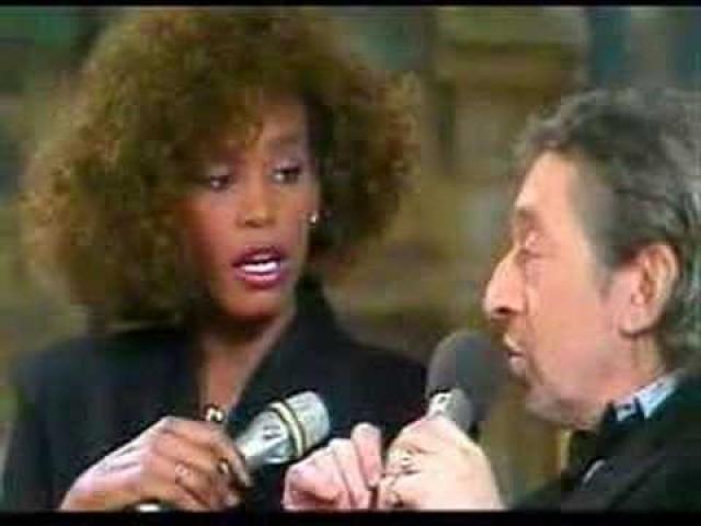Серж Генсбур. Французский шансонье всегда отличался любвеобильностью. В 1986 году в 62-летнем возрасте во время совместного интервью с Уитни Хьюстон он предложил ей заняться с ним сексом.