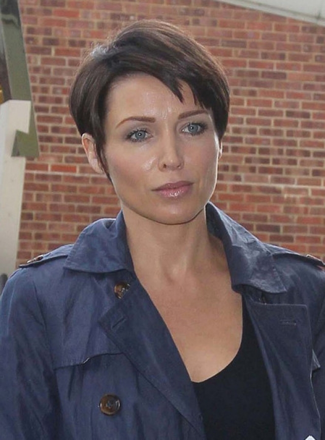Данни появилась на телевидении еще в начале 80-х, в шоу талантов Young Talent Time, а также знаменитой австралийской мыльной опере, а ее первый альбом появился в 1991 году.