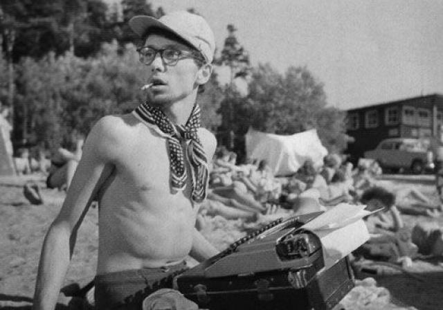 """Дебют Олега Даля в кино состоялся в 1962 году в фильме Александра Зархи """"Мой младший брат""""."""