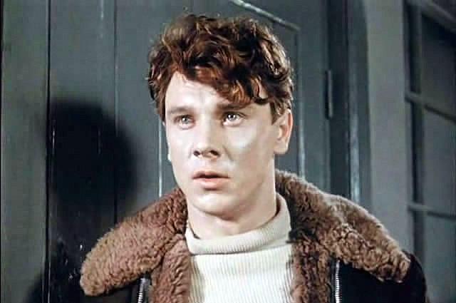 Актер активно снимался вплоть до 90-х, когда наступили тяжелые времена и для актров, и для киностудий. Именно в 90-е и произошел инцидент, надолго омрачивший жизнь Георгия.