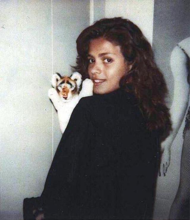 Джиа Каранджи Американская модель, одна из первых супермоделей в мире, тоже была ВИЧ-инфицирована.