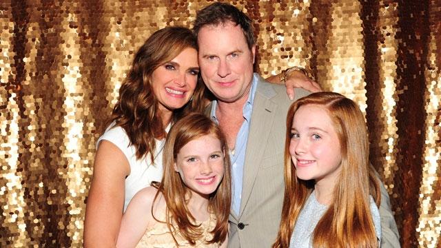 Примечательно, что после этого пара была в состоянии естественным образом зачать свою вторую дочь, Грир Хэммон, спустя три года.