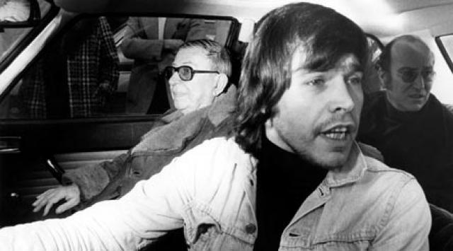 19 декабря 1975 г. в 11:30 Карлос и пятеро сообщников проникли в штаб-квартиру ОПЕК, убив троих человек и нескольких ранив. К тому моменту, когда прибыла полиция, Карлос взял в заложники более 80 участников встречи, включая министров из 11 стран ОПЕК.