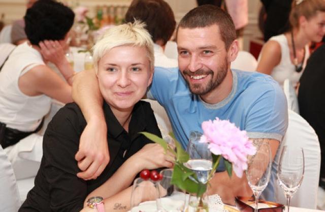 Валерия Кристовская - бывшая жена лидера группы Uma2rman Владимира Кристовского. Пара прожила вместе 17 лет, в браке у супругов родились четыре дочки.