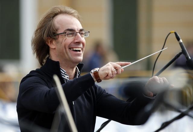 Фабио Мастранджело. Известный пианист и дирижер в 2000-х годах побывал на гастролях в Петербурге, после чего решил остаться.