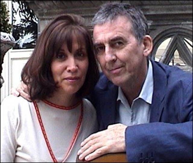 Оливия до конца была с мужем, поддерживая его во время тяжелой болезни .