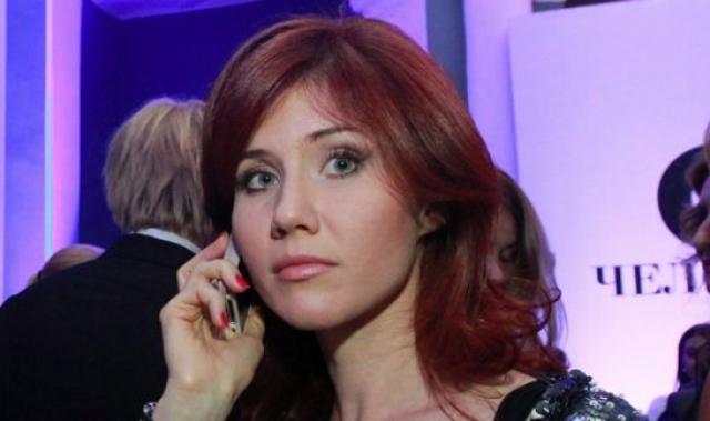 Поводом для ареста послужило то, что ее несколько раз видели в обществе одного российского чиновника. По версии спецслужб, Чапман передавала этому чиновнику информацию по беспроводной связи.