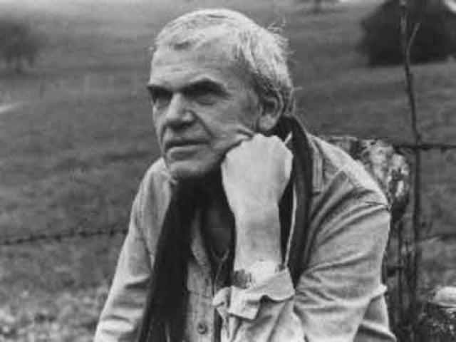В 1970 году он был исключен из Коммунистической партии. Его работы были запрещены для публикации и изъяты из общественных библиотек.
