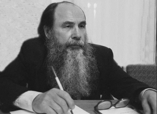 В 1959 году Алексей Золотов установил, что вывал леса на Тунгуске был вызван не баллистической ударной волной, связанной с движением некоего тела в атмосфере, а именно взрывом.