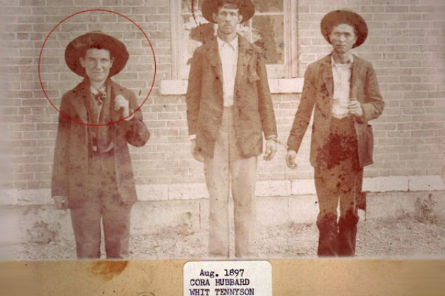 Кора Хаббард. В августе 1897 года 27-летняя Кора Хаббард была арестована за ограбление McDonald County Bank в городке Пайнвиль, штат Миссури. Женщина поразила всех окружающих полным отсутствием раскаяния.