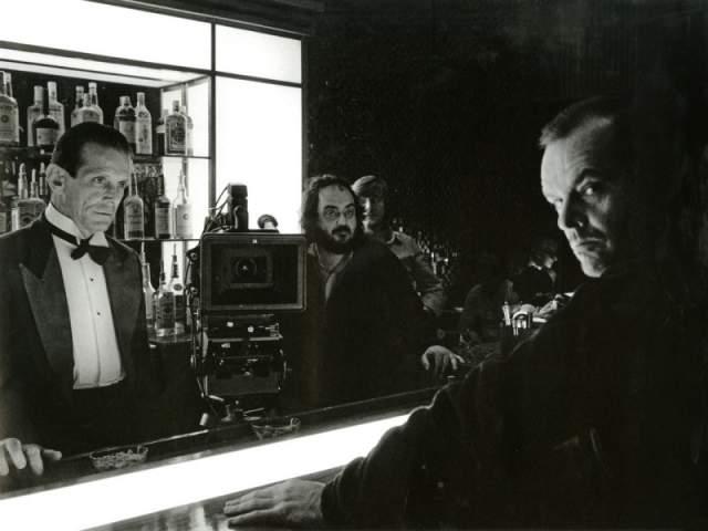 9. Изначально Гарри Дин Стэнтон должен был сыграть Ллойда (бармена), однако не смог принять участия из-за занятости на «Чужом» (1979)