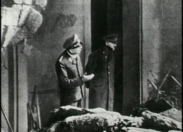 """...С трудом он мог сохранять равновесие. Левая рука ему не подчинялась, а правая постоянно дрожала... Глаза Гитлера были налиты кровью... """""""