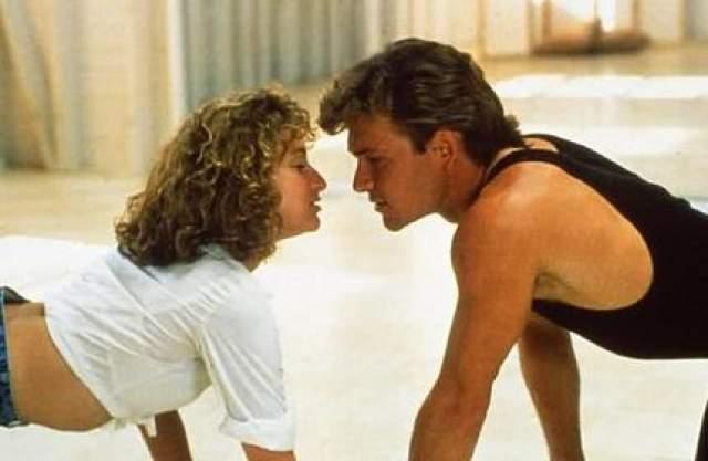 Между Патриком Суэйзи и Дженнифер Грей определенная искра чувствуется, но это отнюдь не взаимная влюбленность или теплые романтические чувства - наоборот, на площадке актеры не слишком-то ладили.