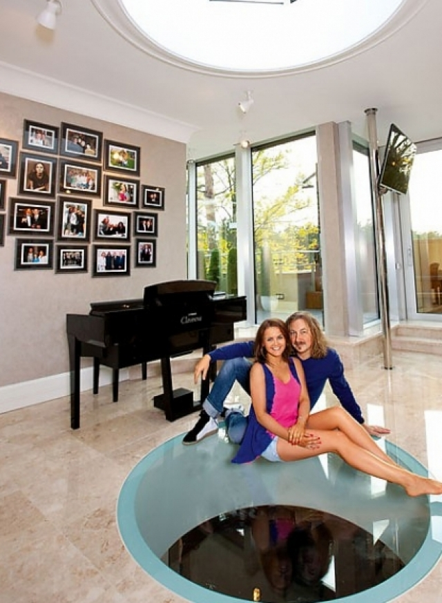 Он одним из первых почти двадцать лет назад купил в Майами квартиру в районе Санни-Айлс-Бич, когда русские в здешних краях еще были экзотикой.