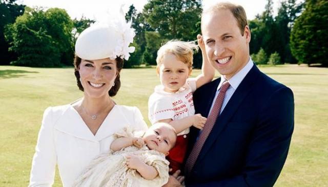 И сейчас за королевским семейством продолжают внимательно следить поклонники и таблоиды. Не удивительно, ведь пара просто излучает счастье.