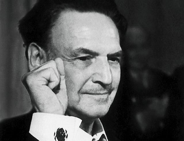 Роберто Бартини. Физик, авиаконструктор, создатель теории шестимерного мира получил советское гражданство в 1921 году.