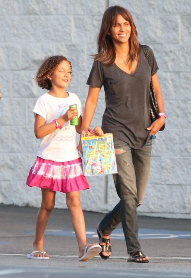 В результате в 2008 году на свет появилась их дочь Нала Ариэла.