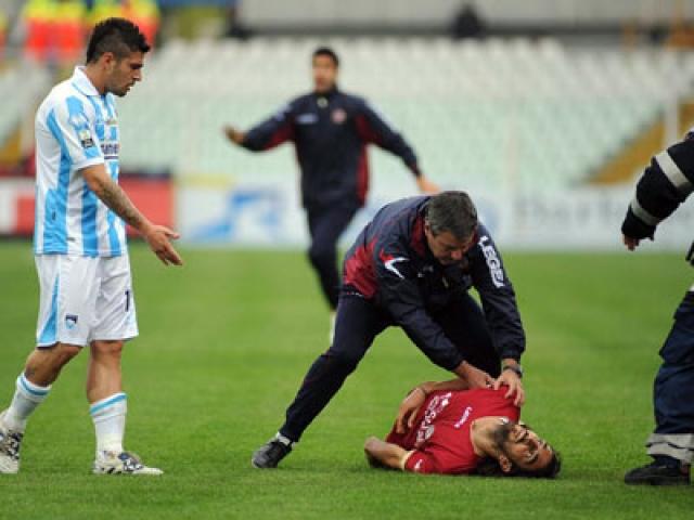 Перед тем как потерять сознание, он трижды пытался подняться на ноги. Медицинский персонал стадиона сразу начал оказывать Морозини первую помощь, однако игрок скончался.