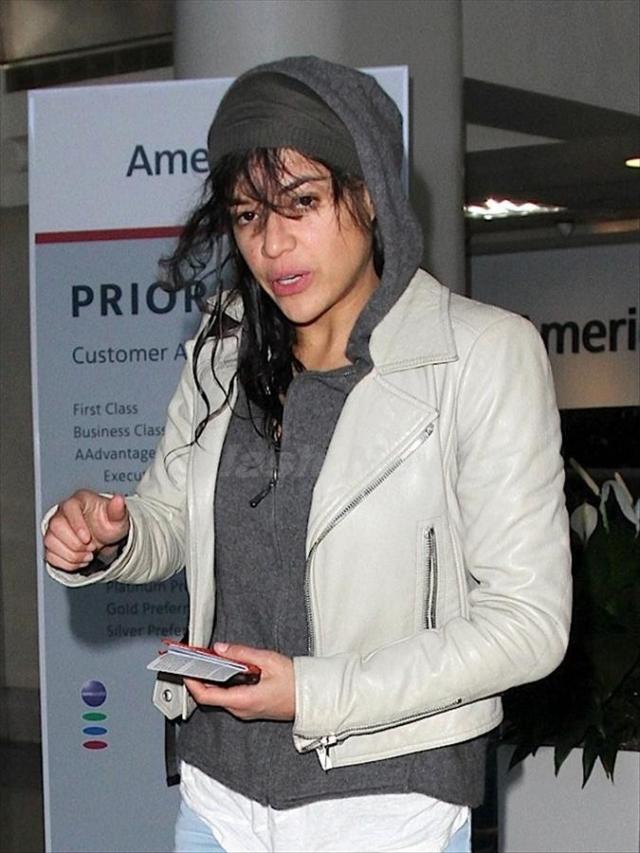 Мишель Родригес. Актрису часто сравнивают со сменившим пол мужчиной.